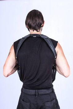 http://www.makelifearitual.com/index.php/accessories/carrying-utilities/moto-holster.html