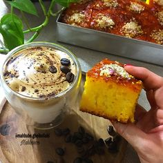 "Mahbanoo on Instagram: ""👌🏼کیک باقلوا درود✋🏼 💜غذاهاتونو با عشق درست کنین تا خوشمزه بشن💜 #کیک_باقلوا #آشپزی #شیرینی_خونگی #قهوه_دالگونا #ماه_رمضان دستور کیک باقلوا…"""