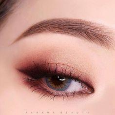 Eye Makeup Tips – How To Apply Eyeliner – Makeup Design Ideas Korean Makeup Look, Korean Makeup Tips, Asian Eye Makeup, Korean Makeup Tutorials, Monolid Makeup, Korean Beauty, Asian Makeup Natural, Korean Eyeshadow, Dark Eyeshadow