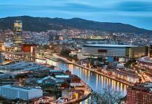 The Guardian dedica dos artículos a Bilbao, en dos días, Incluyendo la portada de su suplemento Travel