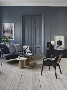 "thebowerbirds: "" Source: Elle Decoration No Grey blue walls for a grey blue da… thebowerbirds: "" Source: Elle Decoration No Grey blue walls for a grey blue day – although those walls are a lot more beautiful than the day was. Room Design, Interior, Home, Living Room Decor, House Interior, Living Room Grey, Elle Decor, Living Room Wood Floor, Interior Design"