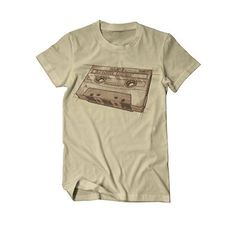 Oldschool Legends Kassette Tape DJ T-Shirt Herren sand https://www.amazon.de/Oldschool-Legends-Kassette-T-Shirt-Herren/dp/B01JGK4B0E/ref=as_li_ss_tl?ie=UTF8&refRID=SRHZ65XW19TA4GP5AVK2&linkCode=sl1&tag=kiofsh-21&linkId=95b47f5379e0bb9ef3a0d27899e487f1