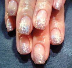 Simple but elegant snow flake nail