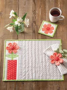 Table Runner And Placemats, Crochet Table Runner, Quilted Table Runners, Mug Rug Patterns, Quilt Patterns, Sewing Hacks, Sewing Crafts, Sewing Tips, Sewing Tutorials