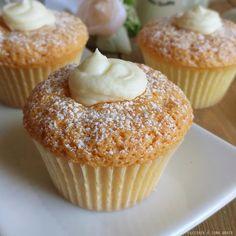 Nutella Muffins, Applesauce Muffins, Cinnamon Muffins, Chocolate Chip Muffins, Mini Dessert Cups, Mini Desserts, Delicious Desserts, Dessert Recipes, Cupcakes