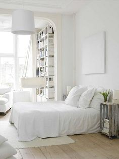love the calm of white bedrooms