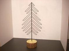 BLACK-METAL-WIRE-TABLETOP-CHRISTMAS-TREE-CARD-PICTURE-HOLDER-14-E6