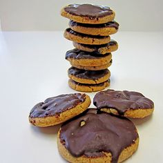 Gluten/Grain-Free Pure Peanut Butter & Chocolate Cookies @Curt Despres