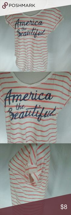 Old Navy America T-shirt size medium Size medium  Measurements  Bust 42in  Length 25in Gently worn No holes or stains Old Navy Tops
