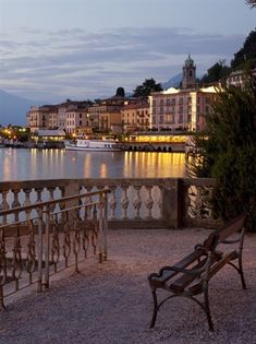Lake Como Italy - Houseinmilano let you discover the essence of Italy.. start your tour from Milan..www.houseinmilano.com