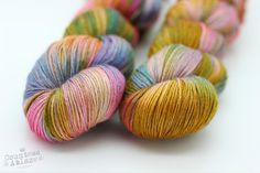 Suitors of this glorious queen - The Exotic Traveller 4ply - Camel & Silk