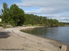 Sollerudstranda badested litter litt nord for Lysakerelvas utløp. Oslo, Fjord, River, Beach, Outdoor, Bathing, Outdoors, The Beach, Seaside