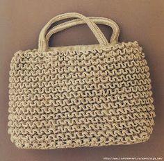Uncinetto d'oro: La borsa.
