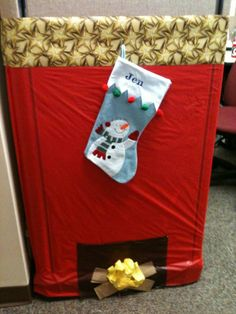 decorated my cubicle at work for the holidays :)
