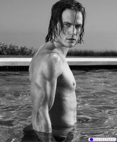 eye candy taylor kitsch 2 Afternoon eye candy: Taylor Kitsch (24 photos)