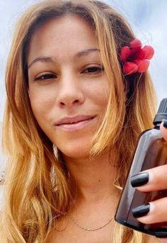 Aprenda a fazer um sérum capilar de alecrim para amaciar o cabelo Portugal, Beauty, Soften Hair, Fluffy Hair, Wet Hair, Dry Flaky Scalp, Bath Soak, Sweet Almond Oil, Strengthen Hair