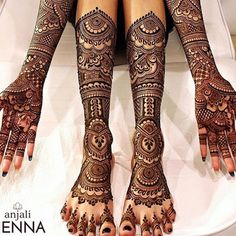 Such a lovely bridal henna. Henna By : .