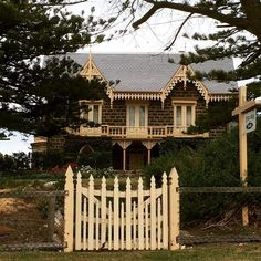 My favourite house in Port Fairy #portfairy #dreamhouse by laurenwilliamsjewellery http://ift.tt/1UokfWI