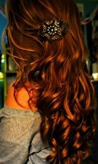 red hair,.....stunning