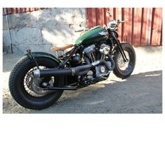 Short Cobra Round Sissy Bars for 2004-2011 Harley Davidson Sportsters