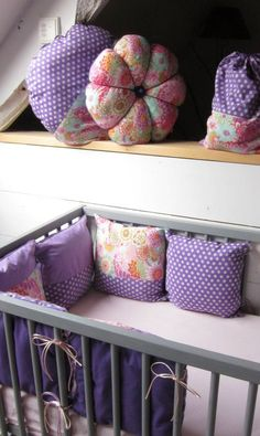 tour de lit modulable mauve Mauve, Throw Pillows, Couture, Sewing, Bed, Room, Inspiration, Grandchildren, Bedrooms