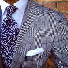 Mezclar texturas en saco y corbata