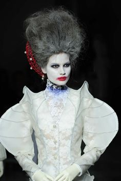 Number 5: Prêt-à-Couture - Thom Browne RTW Spring 2014