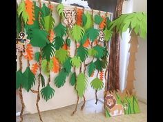 Animal theme, forest theme, safari theme U don't have to go to party planners in order to decorate ur home for a birthday party. U can make it right away at home with just the paper and few materials which are easily available. Diy Jungle Decorations, Birthday Party Decorations Diy, Birthday Crafts, Animal Themed Birthday Party, Jungle Theme Birthday, Birthday Animals, Unicorn Birthday, Jungle Theme Parties, Safari Theme Party