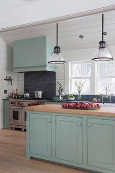 Mint-Green Eat-In Cottage Kitchen | Fresh Faces of Design | HGTV