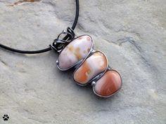 Acháty růžové - cínovaný náhrdelník