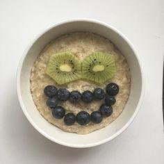 M☕️nday! M☕️nday! M☕️nday!  #bigsmile #monday #newweek #goodmorning #sunshine #everydayisanewopportunity #wakeup #feelpretty #aamupalaparaspala #puuronaama #puuroonparasta #puuroemojit #emoji #terveellisetherkut #terveellinenelämä #elovena #hymyile #säootparas #porridgestagram #porridgepassion #porridgelover #breakfast #porridgesmileys #foodsmileyface #foodsmilesandfun #healthyfood #healthylife #healthybody #healthymind #youarethebest