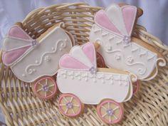 Mansikkamäki: Pipareiden koristelu Cookie Decorating, Christening, Gingerbread, Christmas Crafts, Cupcakes, Baby Shower, Sugar, Baking, Eat