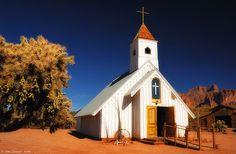 Arizona Desert Church, The Elvis Presley Memorial Chapel in Apache Junction Arizona--45 min east of Scottsdale