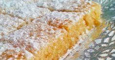 Pues como todos los viernes, toca receta dulce, y en esta ocasión una versión del Crazy Cake o Bizcocho loco , el que se hacía sin huevo...
