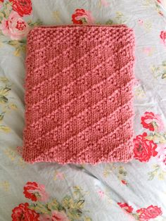 Chunky knit crochet throw blanket afghan the snuggle throw chunky knit crochet throw blanket afghan the snuggle throw fisherman fishermens crochet throws and the ojays dt1010fo