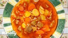 Gulyásleves 4. -sertéshúsból   Nosalty Goulash Soup, Stew, Thai Red Curry, Delish, Paleo, Pork, Food And Drink, Baking, Fruit