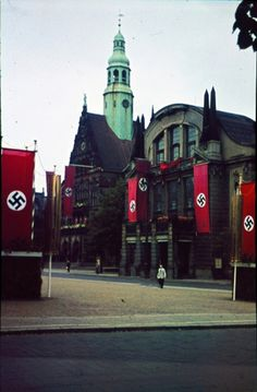 Town Hall & Theater in Bielefeld, Germany 1941 Ww2 History, Powerful Images, The Third Reich, Poster Pictures, Historical Pictures, World War Two, Big Ben, Wwii, Germany