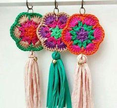 New Ideas for crochet bag pattern granny christmas gifts Crochet Diy, Crochet Home, Love Crochet, Crochet Gifts, Crochet Motif, Crochet Flowers, Crochet Stitches, Crochet Patterns, Crochet Keychain