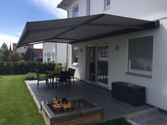 Covered patio designs Although early within concept, this pergola have been going through a bit Pergola Attached To House, Deck With Pergola, Pergola Shade, Pergola Garden, Diy Pergola, Pergola Kits, House Awnings, Outdoor Awnings, Deck Awnings