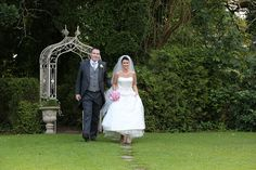 view all 4 vistas for photography at the Castle Oaks House Hotel, the River view, Forest Walk, the Great Lawns and the indoor areas. Oaks House, Country House Hotels, Lawns, Wedding 2015, Castle, White Dress, Indoor, River, Weddings