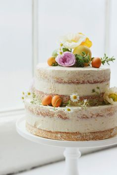 beautiful naked cake