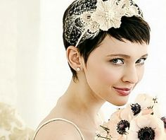 Short wedding hair style. Looks like SOMEbody's going to be making me a fascinator!
