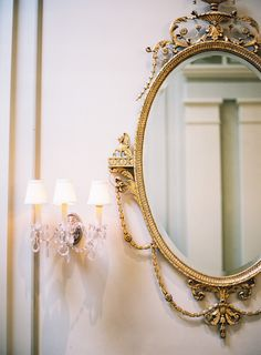 Mirrors are amazing interior design accessories and you can put it in every room that you wish for! Take a look at the board and let you inspiring! See more clicking on the image. Fairytale Home Decor, Modern Mirror Design, Baroque Decor, Beige Aesthetic, Aesthetic Bedroom, Romantic Homes, Home Decor Inspiration, Wedding Inspiration, Country Chic
