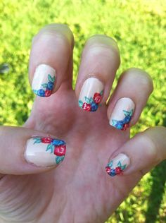 Floral nails by me:)