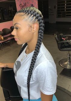 5 Easy Protective Styles for the Fall Nice, neat and classic😍 Beautiful these feed-in braids by Allison. Two Braids Hairstyle Black Women, Feed In Braids Hairstyles, Braids Hairstyles Pictures, Braided Hairstyles For Black Women, Baddie Hairstyles, Braids For Black Hair, Weave Hairstyles, Latina Hairstyles, School Hairstyles
