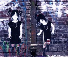 Another of my favourite Melbourne Street Artists: Be Free  - two girls skipping.  Pinned from: www.swedenothings.com/blog