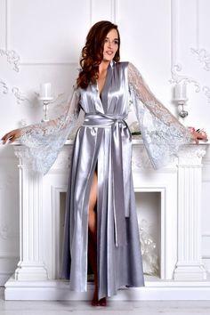 Gray long bridal robe Bridesmaid kimono robe Satin bridal dressing gown  Long lace bridal robe Long robes for women Wedding robes Gray robe 86afbc8d8