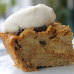 Jamaican-Inspired Bread Pudding using their finest ingredients: Blue Mountain Coffee and Appleton Red Rum. Jamaican Desserts, Jamaican Cuisine, Jamaican Dishes, Jamaican Recipes, Jamaican Bread Pudding Recipe, Pudding Recipes, Caribbean Bread Pudding Recipe, Bread Recipes, Tamarindo