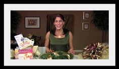 Video Tutorial: How to Make a Holiday Wreath