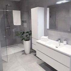 Grey bathrooms designs - 32 best bathroom designs images of beautiful bathroom remodel ideas to try 20 Grey Bathrooms Designs, Bathroom Designs Images, Modern Bathroom Design, Bathroom Interior Design, Bath Design, Ikea Interior, Vanity Design, Luxury Kitchen Design, Tile Design